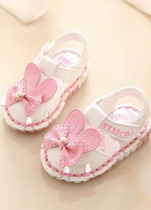 Сандали для принцессы босоножки модные для малышей