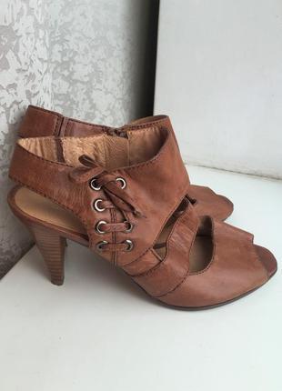 Кожаные туфли босоножки 5th avenue 38 р.