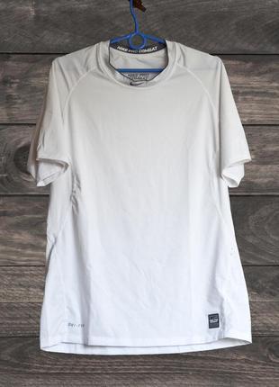 Мужская футболка Nike Pro Combat, (р. L)