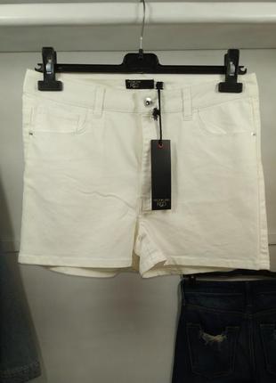 Шорты светлые джинсовые с высокой посадкой