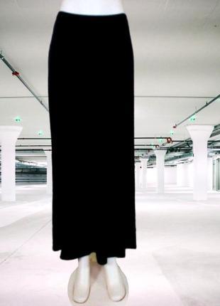 Черная длинная трикотажная юбка, талия на на резинке