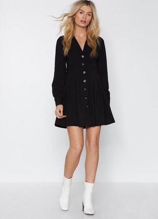 Платье рубашка черное на пуговицах