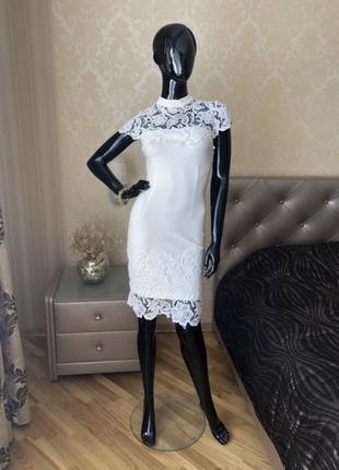 Платье белое с кружевом, нарядное, вечернее, размер с-хс
