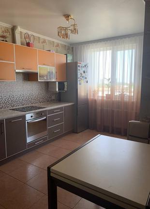 Двухкомнатная квартира с ремонтом на ул. Шота Руставели 69000$