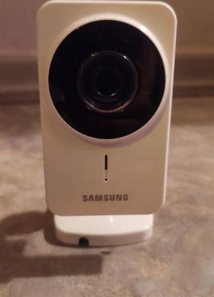 IP-камера Samsung SNH-1011N Wi-Fi