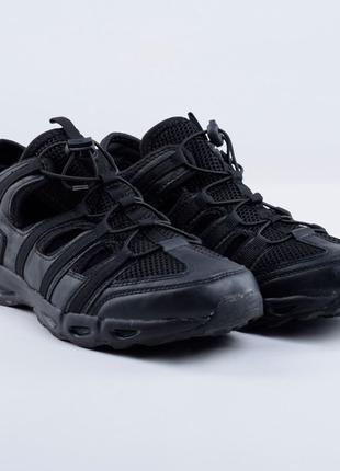 кроссовки в ассортименте