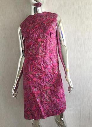 Платье карандаш без рукавов орнамент