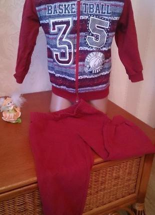 Спортивный костюм бордовый