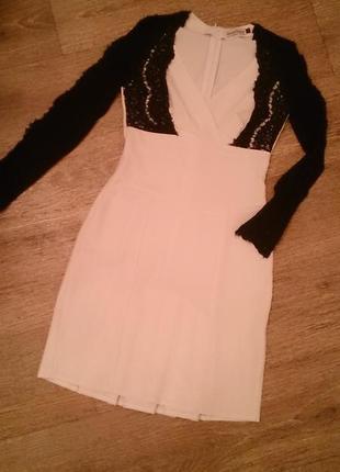 Фирменное платье...гипюр...кружево