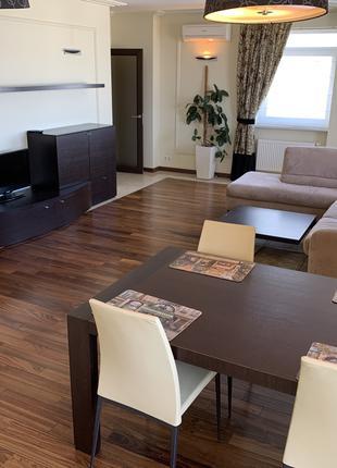 Продам видовую квартиру на пр. Героев Сталинграда 53б