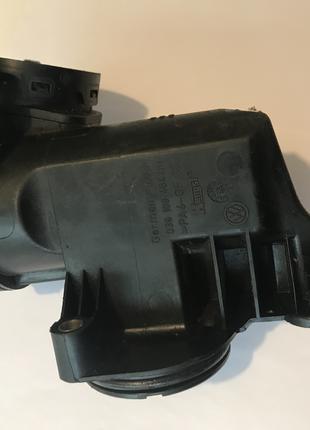 Сепаратор масла (клапан вентиляции картерных газов) 036103464AH V