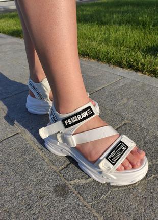 Белые босоножки на липучках, босоножки на платформе, сандали