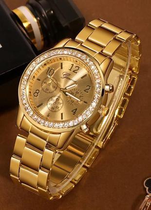 Часы наручные женские кварцевые металлические geneva золотистые