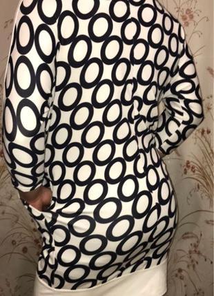 Платье фирмы L'amazone