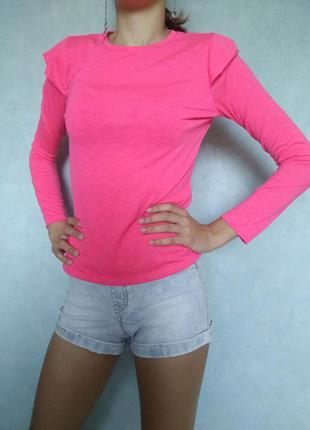 Стильная ярко розовая футболка неоновый лонгслив с крылышками ...