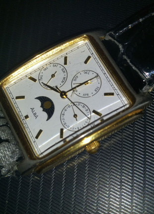 Швейцарские часы  ALBA