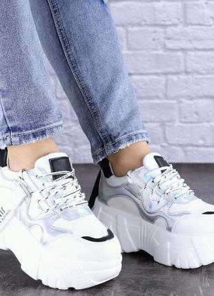 Женские стильные кроссовки Sabella