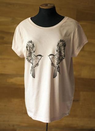 Красивенная футболка с рисунком птиц пудрового цвета dorothy p...