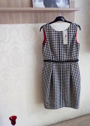 Распродажа элитных платьев. платье с украшением из камней