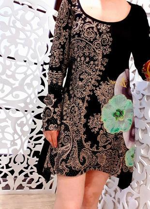 Платье черное l с узором бренд  desigual  испания черное ориги...