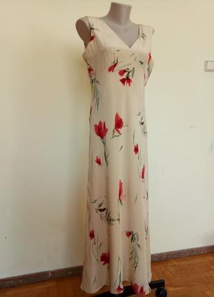 Красивое легкое шелковое платье