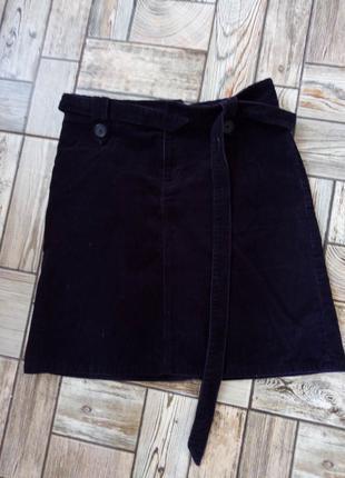 Зручна фірмова юбка S