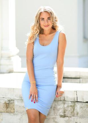 Голубое платье майка до колена