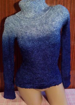 Очень мягенький свитер