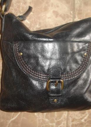 Фирменная m&s кожаная сумка кроссбоди в идеале