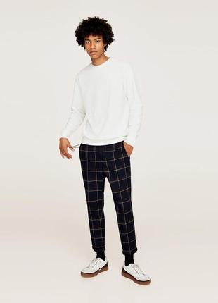 Темно-синие клечатые брюки zara man !