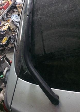 Б/у задний дворник на Renault Laguna 2, Рено Лагуна 2, лифтбэк.