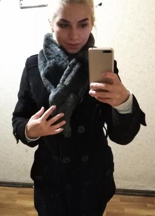 Красиво черное пальто с мех. воротником!