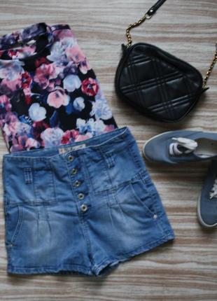 №212 стильные джинсовые шорты с высокой посадкой