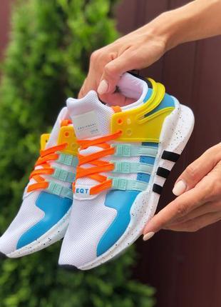 Нереальные женские кроссовки adidas equipment белые с цветными...