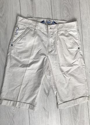 Шорты, светлые летние шорты.
