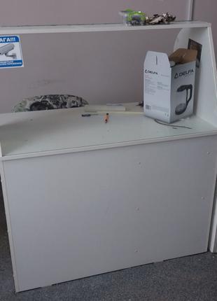 Продам стол-ресепшн для офиса, магазина, салона б.у. белый