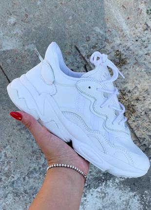 Adidas ozweego white женские кожаные кроссовки адидас белый цв...