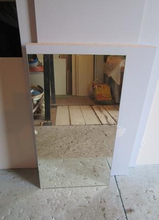 Зеркало толщина 4мм. Висота 700 мм. ширина 380 мм.