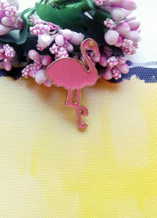 Стильная яркая брошь значок розовый фламинго тропики