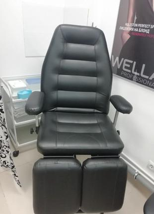 Педикюрное кресло (косметолога стоматолога)