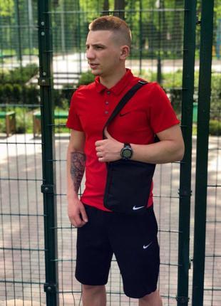 Футболка поло Nike красная