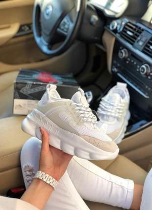 Крутые женские кроссовки versace chain reaction