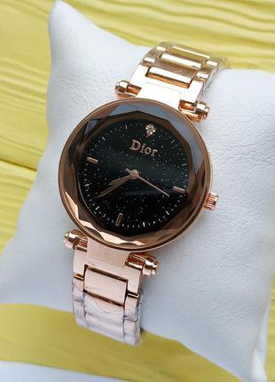 Женские наручные часы на браслете розовое золото с черным цифе...