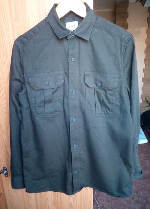 Мужская рубашка в милитари стиле