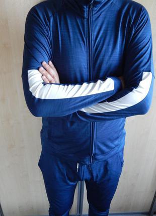 Новий спортивний костюм спортивный crane