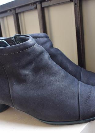 Кожаные нубук ботинки ботильоны экко ecco р.41