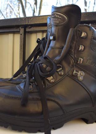 Кожаные ботинки кеды берцы зимние треккинговые