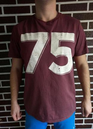 Футболка мужская бордового цвета с номером