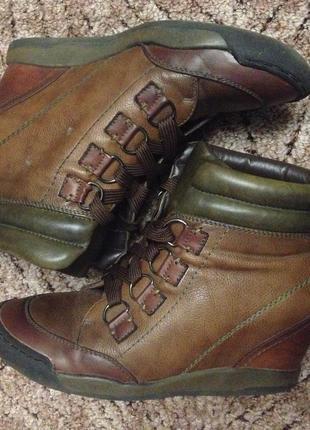 Сникерсы. ботинки осень-весна