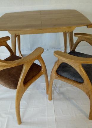 Столы, стулья из натурального дерева (дуб)
